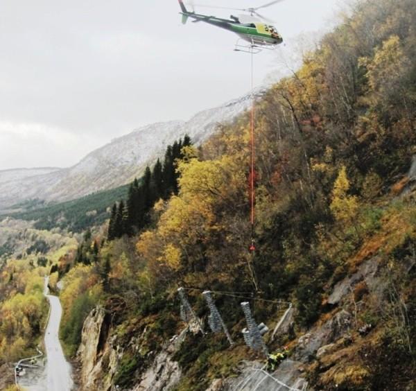 montering_med_helikopter_20101016_2048298783